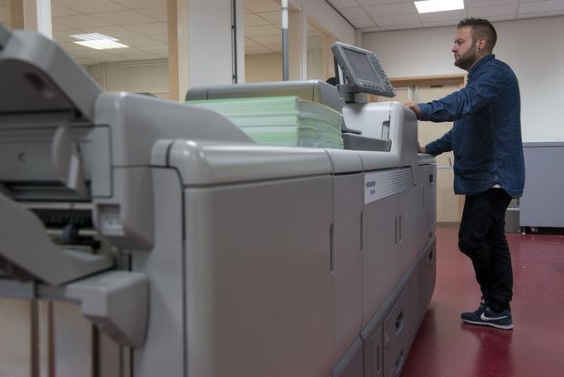 Drukkerij Koopmans installeert tweede Versafire CV, digitale printer